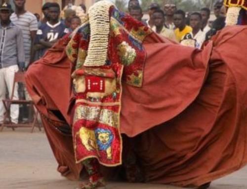 Il culto Egúngún del popolo yoruba, comunione tra dei e mortali