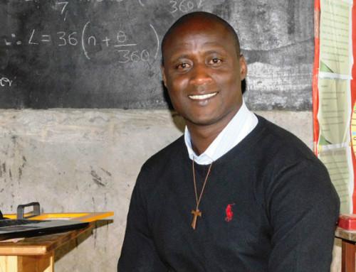 Un francescano del Kenya il miglior insegnante al mondo