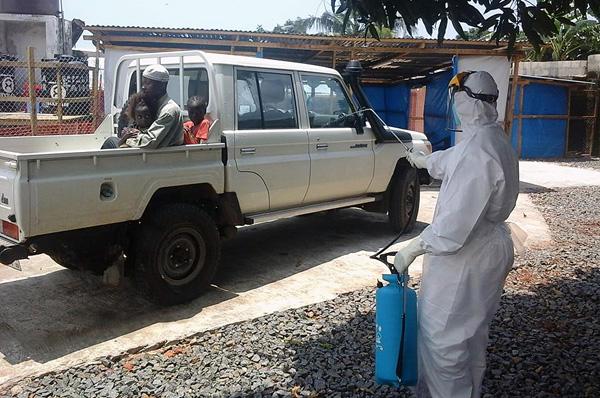 ebola_desinfect